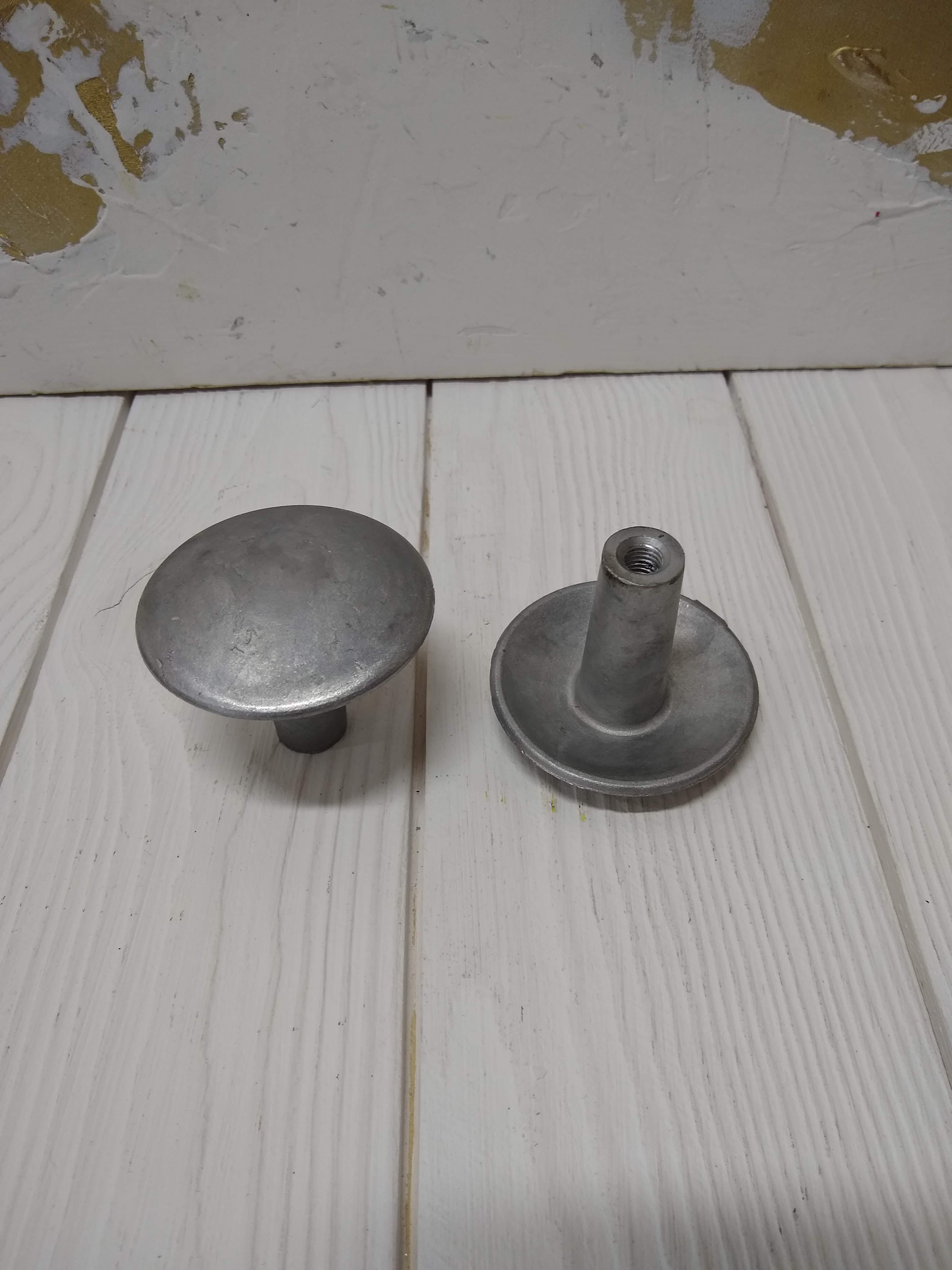 Отливка дверной ручки-кнопки, литье под давлением Гран.Т
